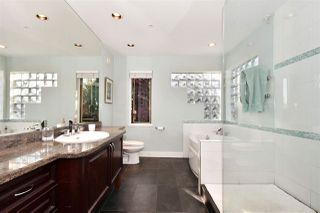 Photo 10: 382 E 34TH Avenue in Vancouver: Main House for sale (Vancouver East)  : MLS®# R2317320