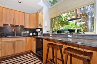 Photo 7: 382 E 34TH Avenue in Vancouver: Main House for sale (Vancouver East)  : MLS®# R2317320
