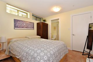Photo 12: 382 E 34TH Avenue in Vancouver: Main House for sale (Vancouver East)  : MLS®# R2317320
