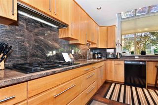 Photo 6: 382 E 34TH Avenue in Vancouver: Main House for sale (Vancouver East)  : MLS®# R2317320