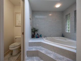 Photo 13: 7870 REDROOFFS Road in Halfmoon Bay: Halfmn Bay Secret Cv Redroofs House for sale (Sunshine Coast)  : MLS®# R2337777