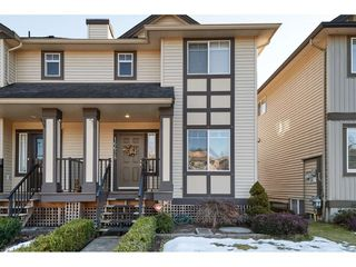 "Photo 2: 16628 60 Avenue in Surrey: Cloverdale BC Condo for sale in ""Concerto"" (Cloverdale)  : MLS®# R2344947"