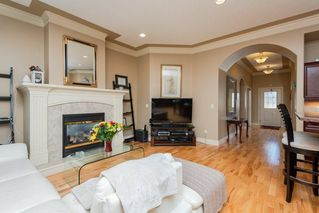 Photo 4: 22 LACOMBE Drive: St. Albert House for sale : MLS®# E4146829