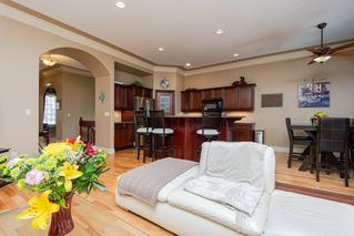 Photo 6: 22 LACOMBE Drive: St. Albert House for sale : MLS®# E4146829