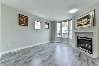 Photo 2: 23 9559 130A Street in Surrey: Queen Mary Park Surrey Townhouse for sale : MLS®# R2352741