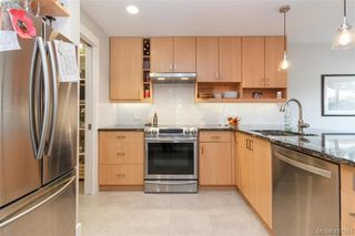 Photo 9: 34 1287 Verdier Avenue in BRENTWOOD BAY: CS Brentwood Bay Row/Townhouse for sale (Central Saanich)  : MLS®# 407593