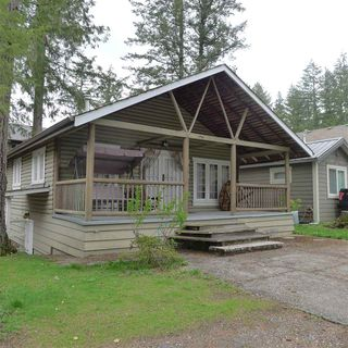 "Photo 2: 414 MAPLE Street: Cultus Lake House for sale in ""CULTUS LAKE"" : MLS®# R2359586"