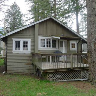 "Photo 3: 414 MAPLE Street: Cultus Lake House for sale in ""CULTUS LAKE"" : MLS®# R2359586"