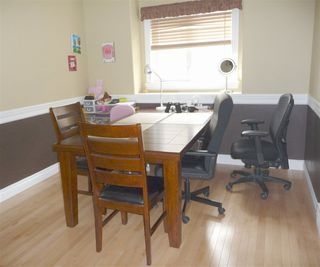 Photo 5: 2049 HILLIARD Place in Edmonton: Zone 14 House for sale : MLS®# E4153472