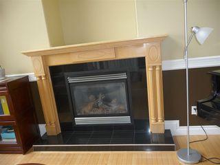 Photo 4: 2049 HILLIARD Place in Edmonton: Zone 14 House for sale : MLS®# E4153472