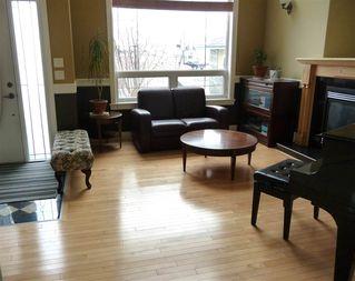 Photo 3: 2049 HILLIARD Place in Edmonton: Zone 14 House for sale : MLS®# E4153472