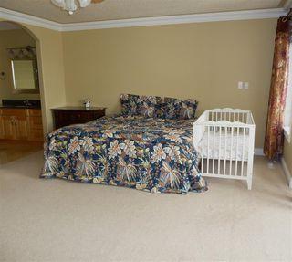 Photo 12: 2049 HILLIARD Place in Edmonton: Zone 14 House for sale : MLS®# E4153472