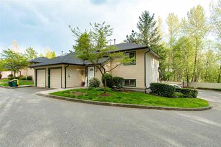 """Photo 2: 19 21960 RIVER Road in Maple Ridge: West Central Townhouse for sale in """"FOXBOROUGH HILLS"""" : MLS®# R2364203"""
