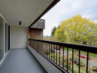"Photo 16: 308 550 E 6TH Avenue in Vancouver: Mount Pleasant VE Condo for sale in ""LANDMARK GARDENS"" (Vancouver East)  : MLS®# R2365201"