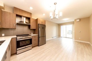 Photo 4: 206 2889 E 1ST Avenue in Vancouver: Renfrew VE Condo for sale (Vancouver East)  : MLS®# R2365684
