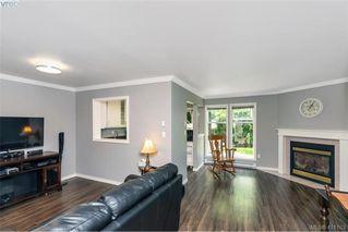 Photo 11: 17 3947 Cedar Hill Cross Road in VICTORIA: SE Cedar Hill Row/Townhouse for sale (Saanich East)  : MLS®# 411763