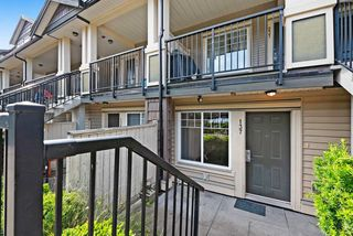 "Photo 2: 137 13958 108 Avenue in Surrey: Whalley Townhouse for sale in ""AURA TOWNHOMES"" (North Surrey)  : MLS®# R2379555"