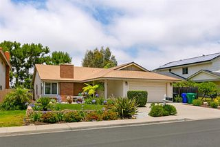 Main Photo: RANCHO PENASQUITOS House for sale : 3 bedrooms : 8998 Ellingham St in San Diego