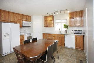 Photo 3: 9512 177 Avenue in Edmonton: Zone 28 House for sale : MLS®# E4165127