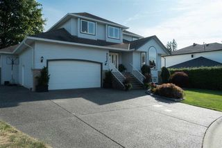 Photo 1: 19350 118B Avenue in Pitt Meadows: Central Meadows House for sale : MLS®# R2403433