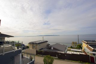 Photo 10: 15316 VICTORIA AVENUE: White Rock House for sale (South Surrey White Rock)  : MLS®# R2411385