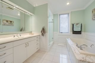 Photo 32: 192 QUESNELL Crescent in Edmonton: Zone 22 House for sale : MLS®# E4183631