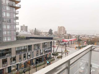 "Photo 12: 504 112 E 13TH Street in North Vancouver: Central Lonsdale Condo for sale in ""CENTREVIEW"" : MLS®# R2452688"