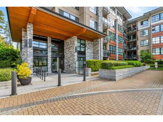 "Photo 2: 312 1152 WINDSOR Mews in Coquitlam: New Horizons Condo for sale in ""Parker House East"" : MLS®# R2455425"
