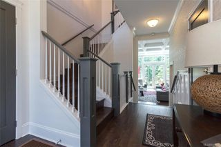 Photo 3: 1459 Commander Crt in Langford: La Westhills House for sale : MLS®# 844451