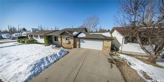 Photo 43: 122 Stacey Crescent in Saskatoon: Dundonald Residential for sale : MLS®# SK803368
