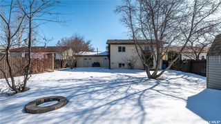 Photo 36: 122 Stacey Crescent in Saskatoon: Dundonald Residential for sale : MLS®# SK803368