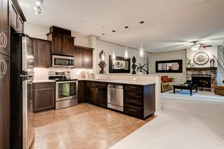 Photo 2: 318 10 Discovery Ridge Close SW in Calgary: Discovery Ridge Apartment for sale : MLS®# A1042109