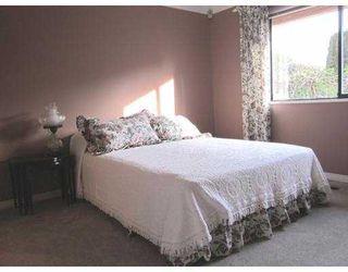 Photo 8: 5418 1ST Avenue in Tsawwassen: Pebble Hill House for sale : MLS®# V872584