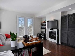 "Photo 3: 21 688 EDGAR Avenue in Coquitlam: Coquitlam West Townhouse for sale in ""GABLE"" : MLS®# V880313"