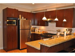 """Photo 4: 11 9600 NO 3 Road in Richmond: Saunders Townhouse for sale in """"THE FIRST AT BROADMOOR"""" : MLS®# V892098"""