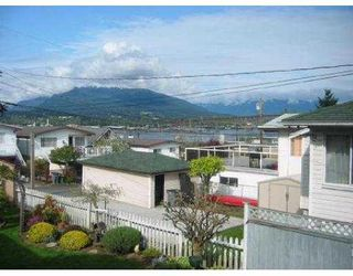 """Photo 8: 2939 MCGILL ST in Vancouver: Hastings East House for sale in """"N/A"""" (Vancouver East)  : MLS®# V588209"""