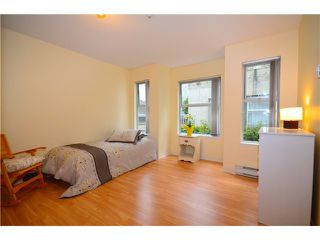 Photo 8: 307 1035 AUCKLAND Street in New Westminster: Uptown NW Condo for sale : MLS®# V942214