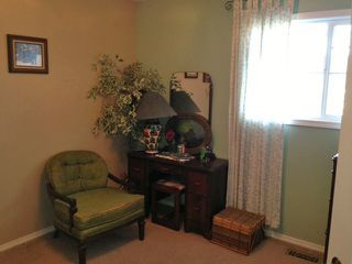 "Photo 5: 536 COTTONWOOD Avenue: Harrison Hot Springs House for sale in ""HARRISON HOT SPRINGS VILLAGE"" : MLS®# H1400262"