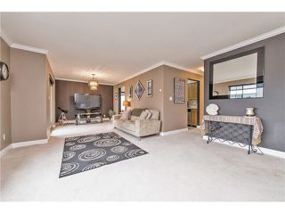 Photo 6: 310 32145 OLD YALE Road in Abbotsford: Abbotsford West Condo for sale : MLS®# F1432607
