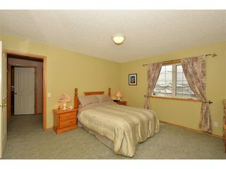 Photo 14: 38 WEST HALL Place: Cochrane House for sale : MLS®# C4011661