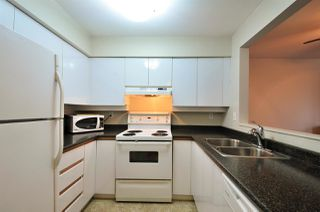 "Photo 2: 112 1009 HOWAY Street in New Westminster: Uptown NW Condo for sale in ""HUNTINGTON WEST"" : MLS®# R2045369"