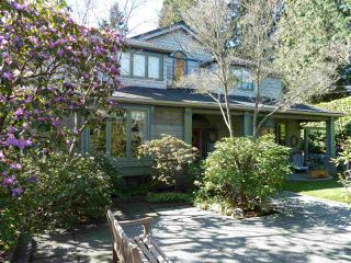 Photo 1: 1295 SINCLAIR Street in West Vancouver: Ambleside House for sale : MLS®# R2054349