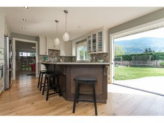 "Photo 8: 42302 KNOX Avenue: Yarrow House for sale in ""YARROW"" : MLS®# R2054781"