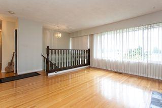 Photo 3: 9236 114 Street in Delta: Annieville House for sale (N. Delta)  : MLS®# R2056588