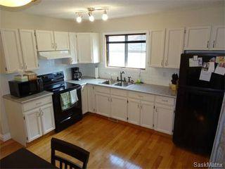 Photo 3: 6819 WHELAN Drive in Regina: Rochdale Park Single Family Dwelling for sale (Regina Area 01)  : MLS®# 574968