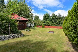 Photo 9: 1063 ROSAMUND Road in Gibsons: Gibsons & Area House for sale (Sunshine Coast)  : MLS®# R2089959