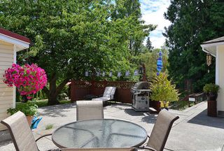 Photo 5: 1063 ROSAMUND Road in Gibsons: Gibsons & Area House for sale (Sunshine Coast)  : MLS®# R2089959