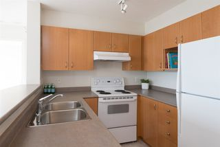 """Photo 8: 1509 5288 MELBOURNE Street in Vancouver: Collingwood VE Condo for sale in """"Emerald Park Place"""" (Vancouver East)  : MLS®# R2092306"""