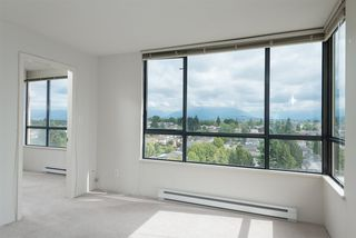 """Photo 2: 1509 5288 MELBOURNE Street in Vancouver: Collingwood VE Condo for sale in """"Emerald Park Place"""" (Vancouver East)  : MLS®# R2092306"""