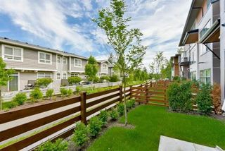 "Photo 17: 51 2687 158 Street in Surrey: Grandview Surrey Townhouse for sale in ""JACOBSEN"" (South Surrey White Rock)  : MLS®# R2116587"